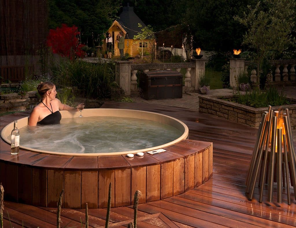 Total Therapy Tubs - Canadian Hot Tubs